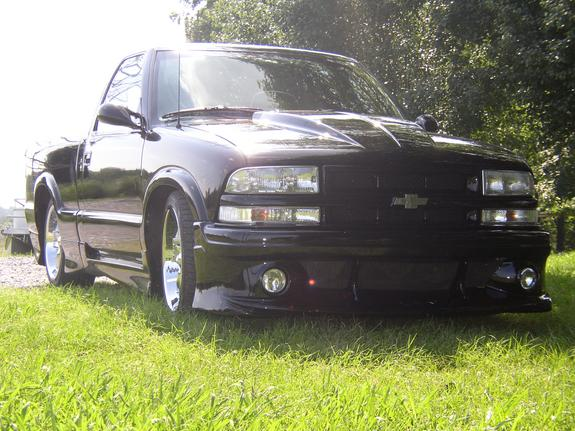 S 10   Very Cool Truck   Many Mods.   Coolasscars